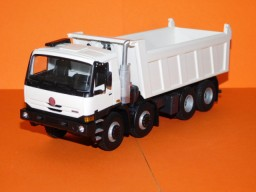 Model TATRA 8X8.2 1:43 bílá